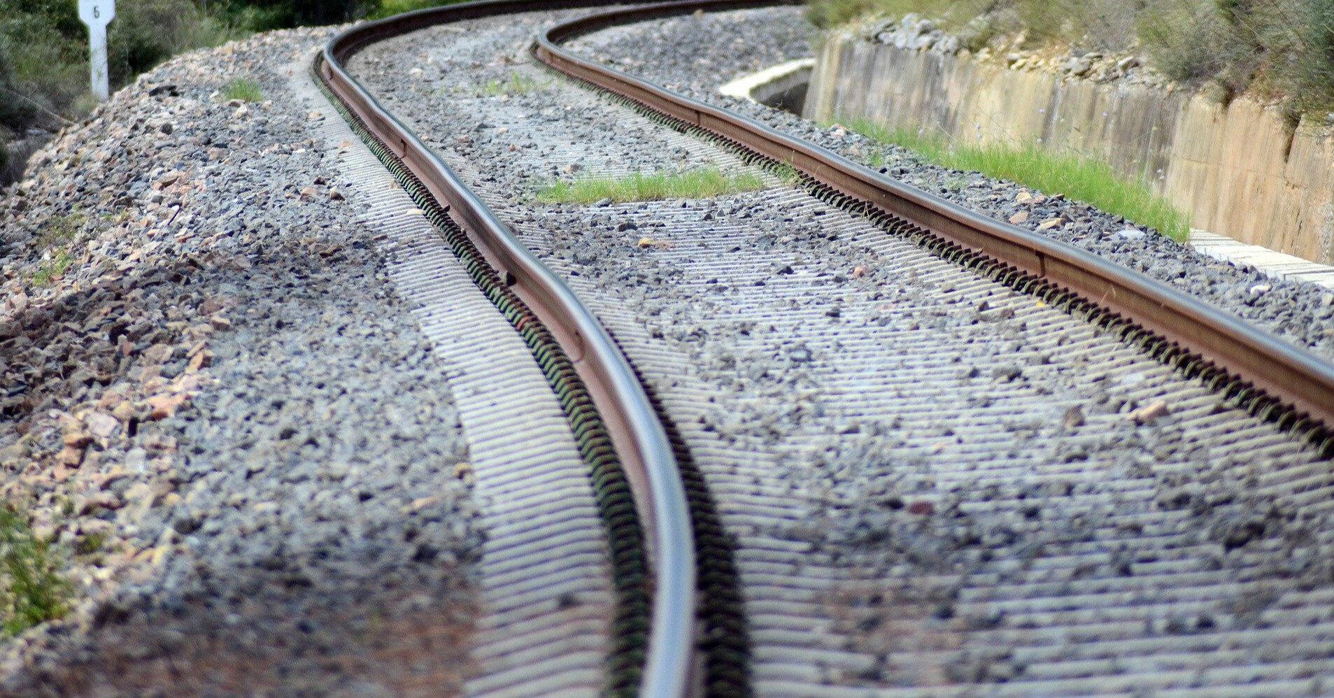 В Китае поезд раздавил 9 человек