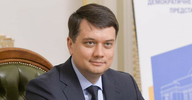 Разумков назвал себя членом команды Зеленского