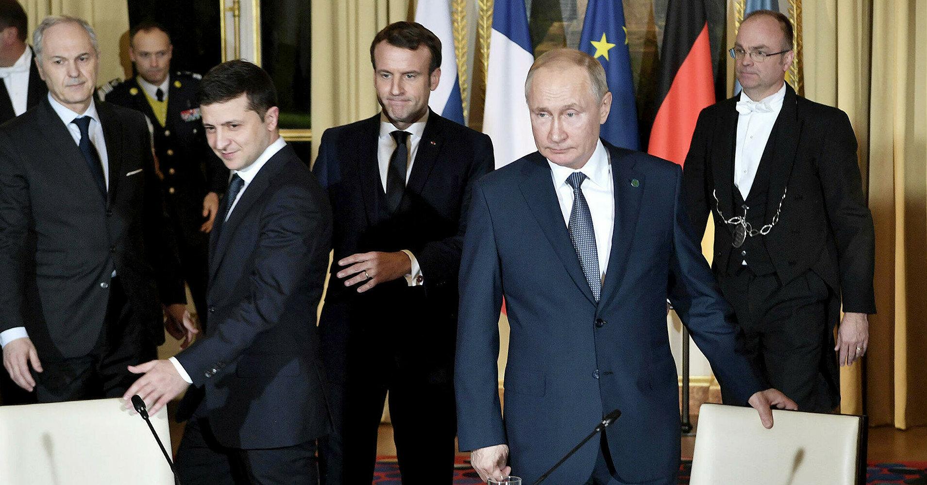 Мяч сегодня на стороне России – Зеленский об общении с Кремлем