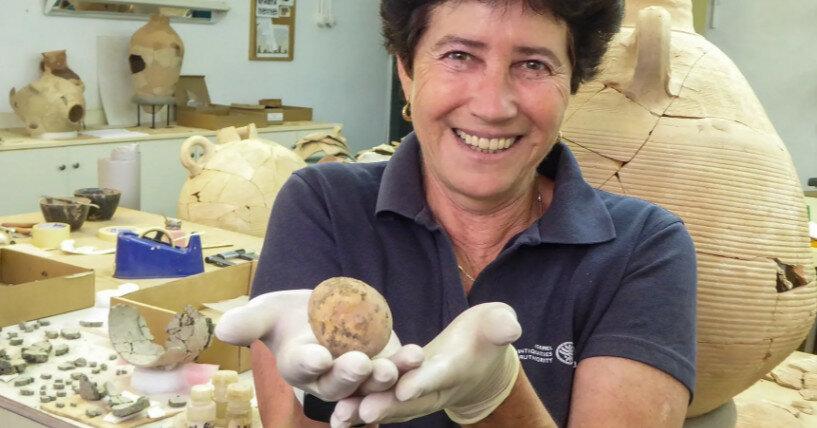 Обнаружено яйцо возрастом более тысячи лет