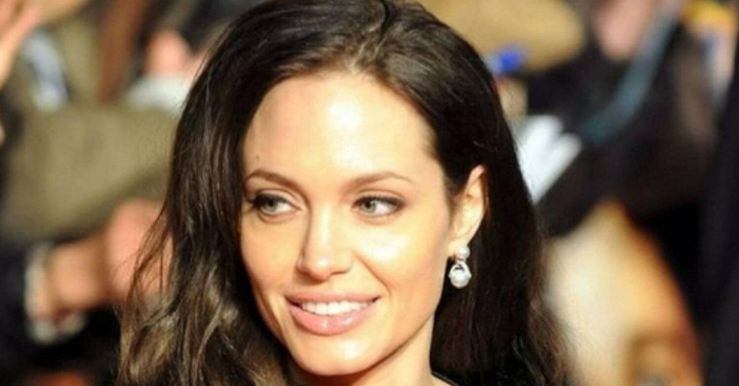 Топ-5 неожиданных фактов об имениннице Анджелине Джоли