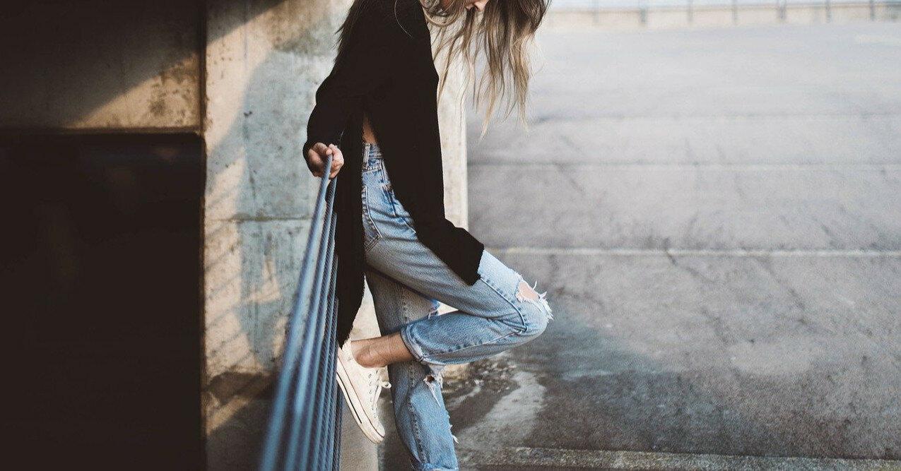 Андре Тан рассказал, как выбрать джинсы, которые всегда в тренде
