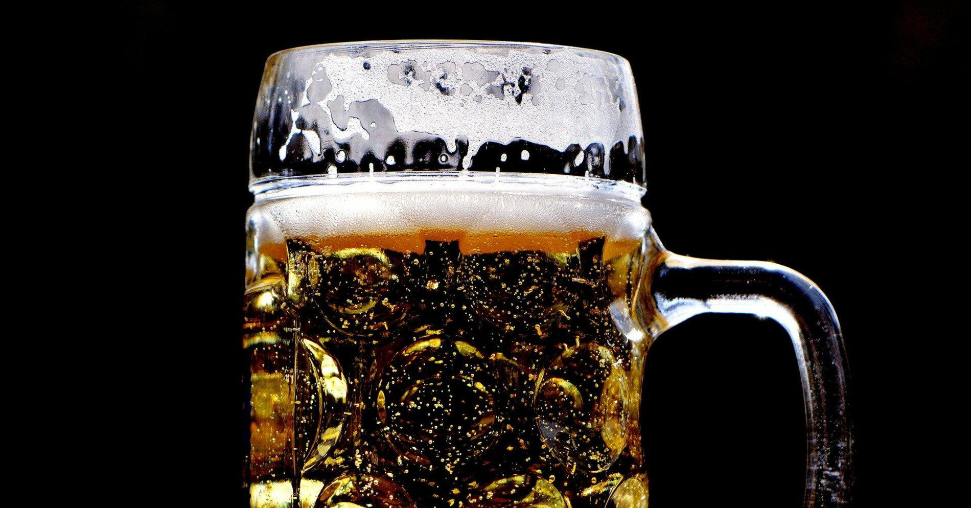 Врач рассказал, что произойдет с организмом, если часто пить пиво