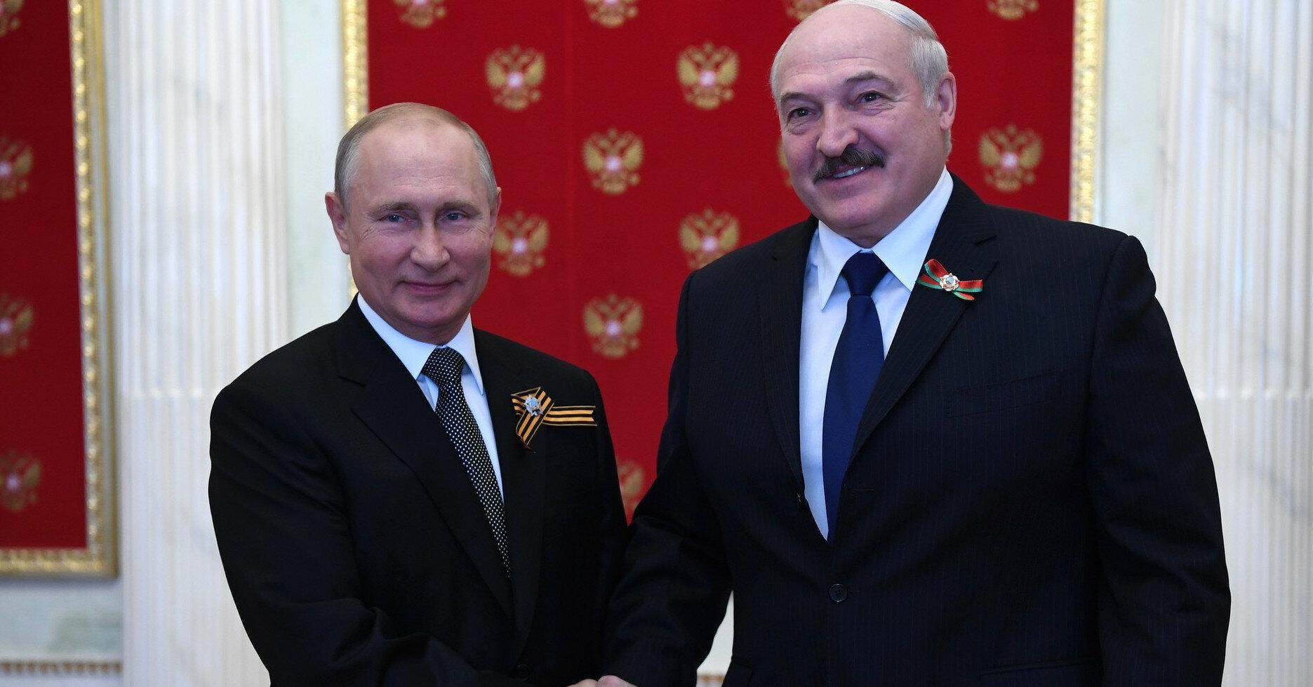 """Путин и Лукашенко числятся в перечне """"врагов свободы прессы"""""""
