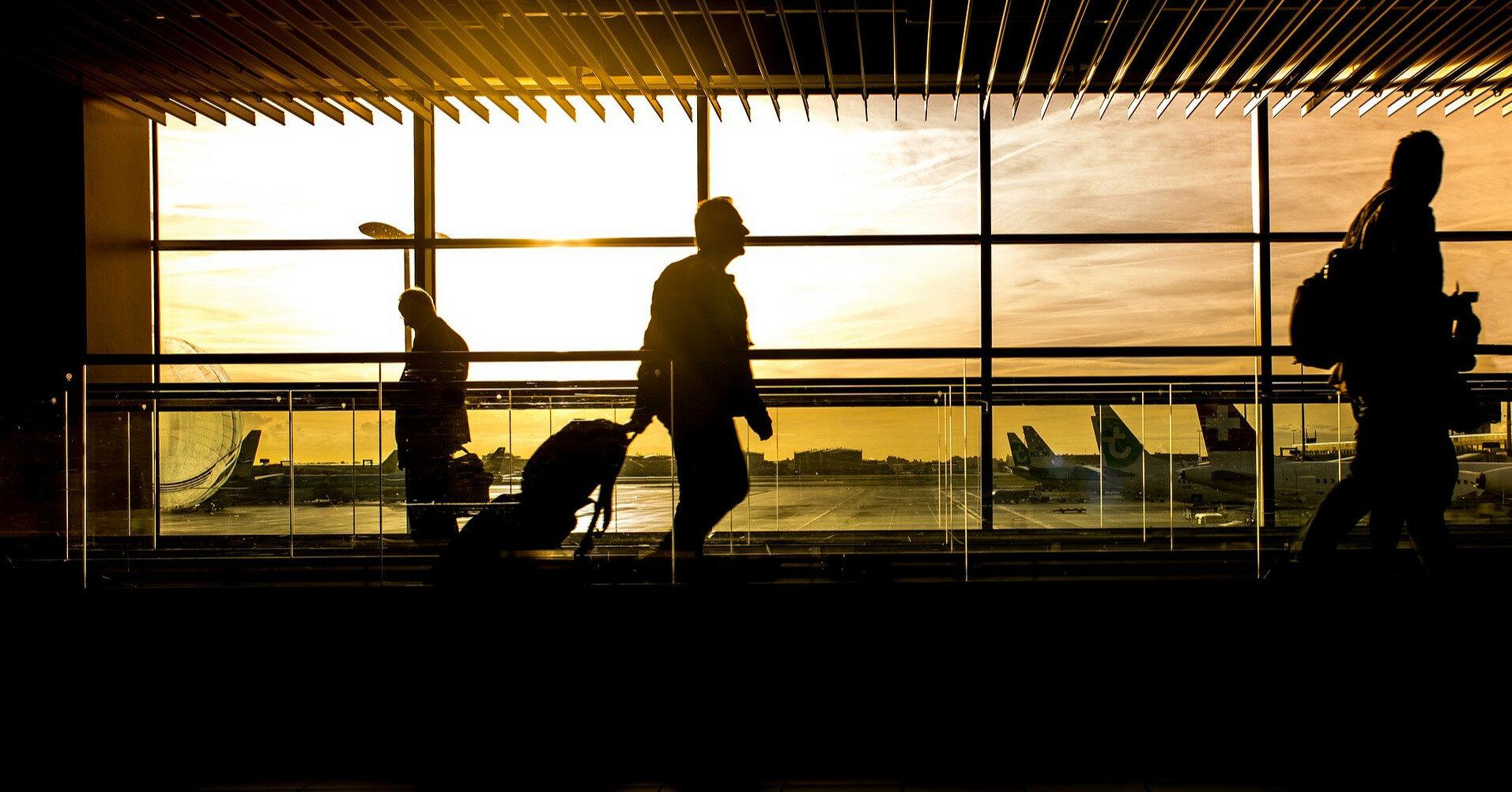 Во львовском аэропорту взорвали сумку с ноутбуком