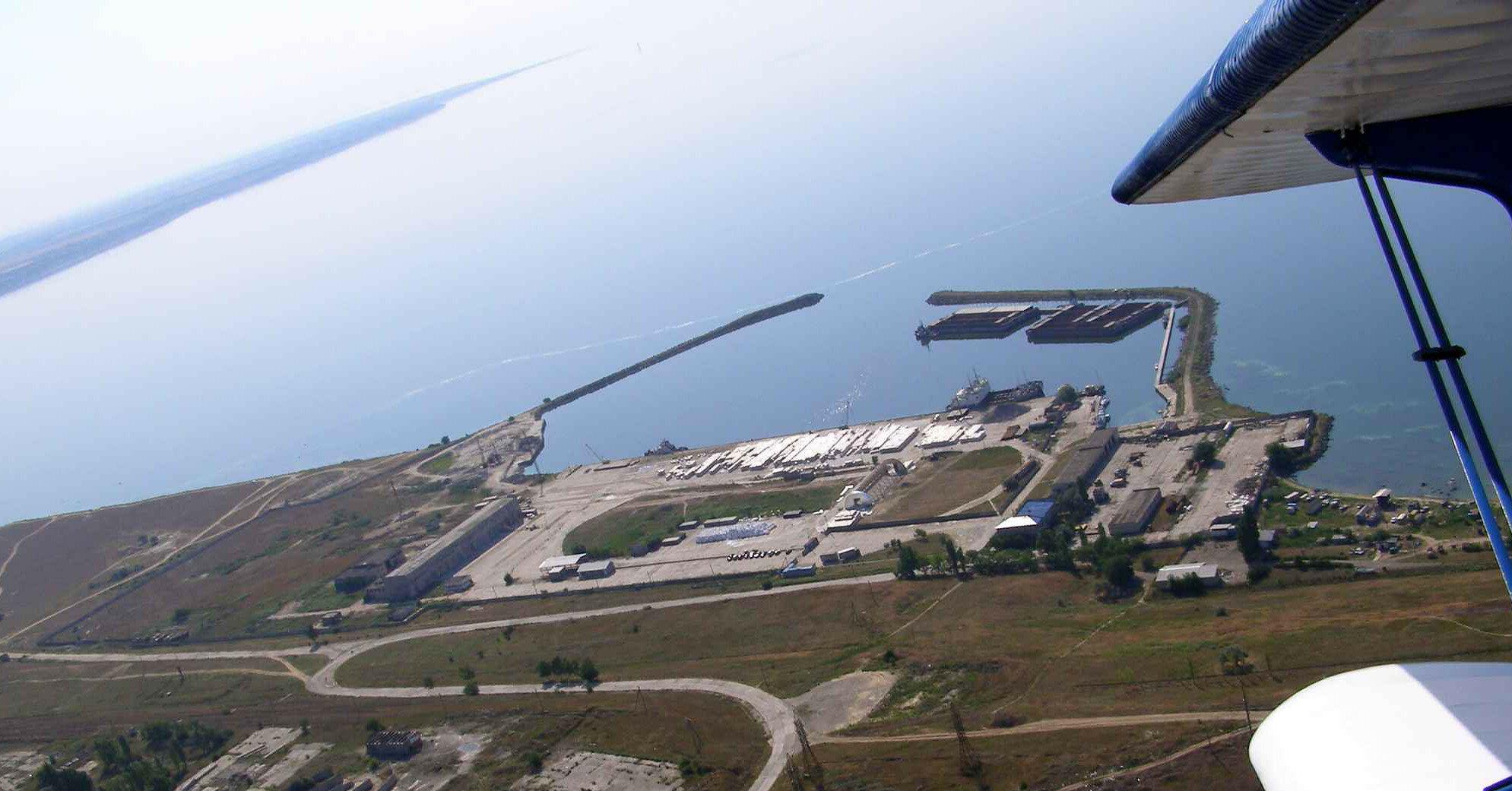 Украинское судно в Черном море подало сигнал бедствия