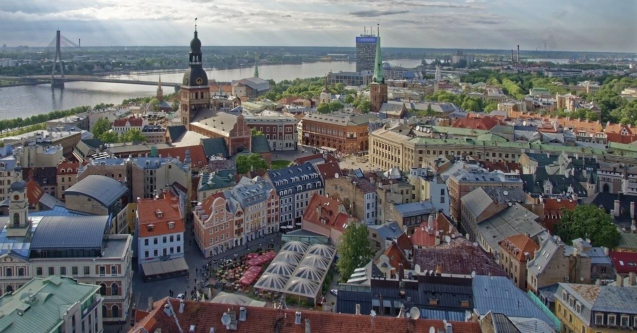 Латвия открыла границы для украинцев: условия въезда