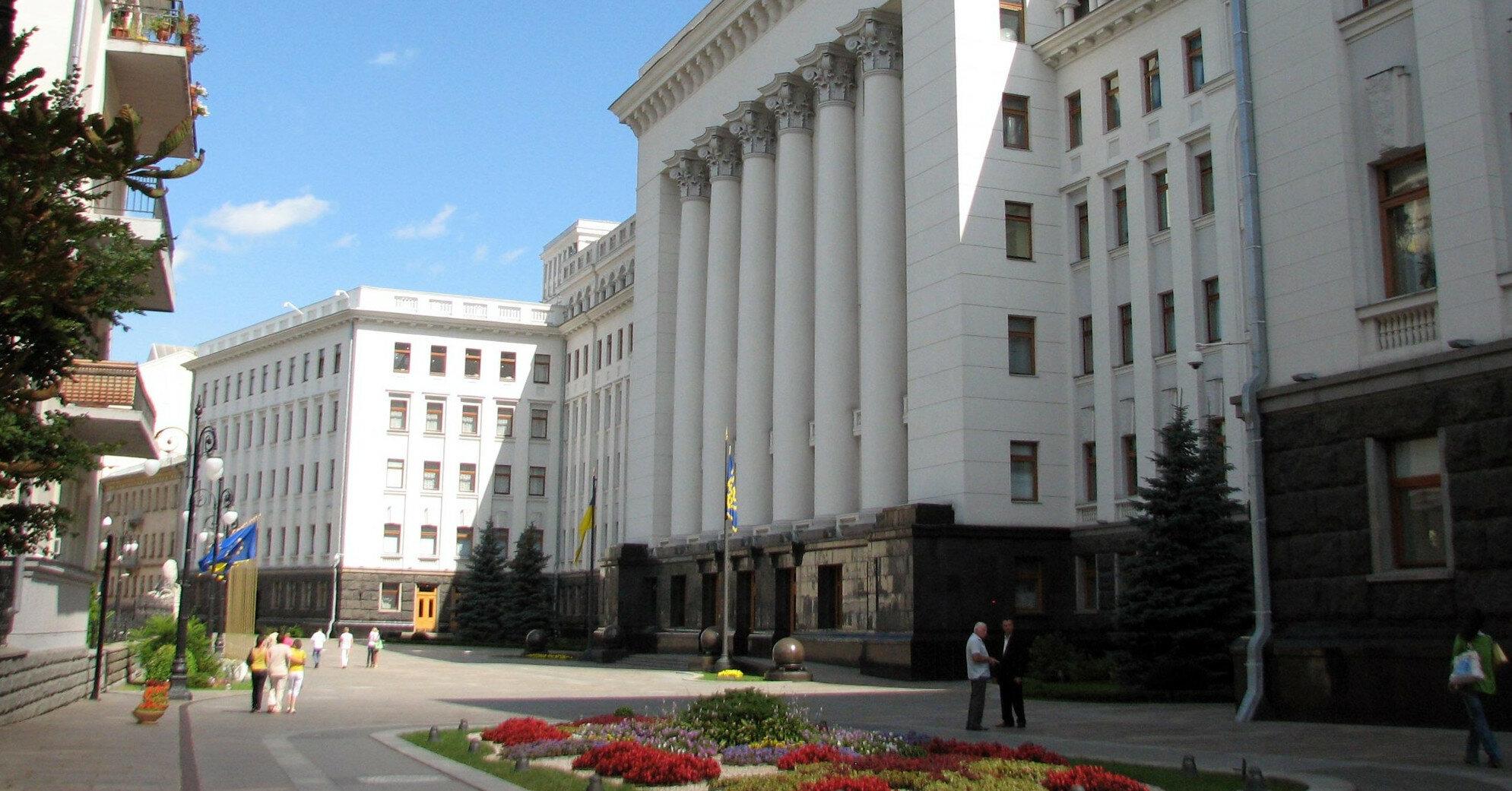 В Офисе президента отреагировали на иск Порошенко к Зеленскому