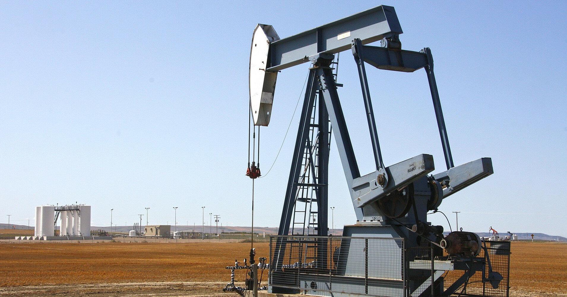 Цена нефти WTI поднялась выше $75 впервые с 2018 года