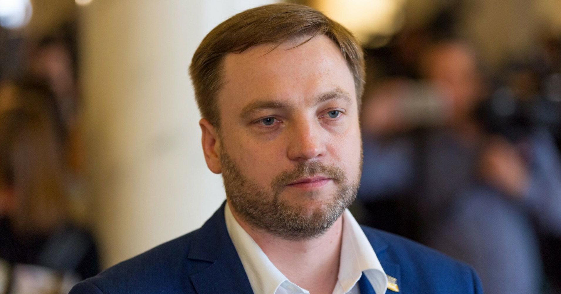 """""""Слуги народу"""" зібрали підписи за призначення Монастирського міністром"""