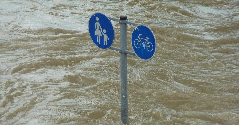 Наводнения в Германии нанесли ущерб минимум на 2 млрд евро