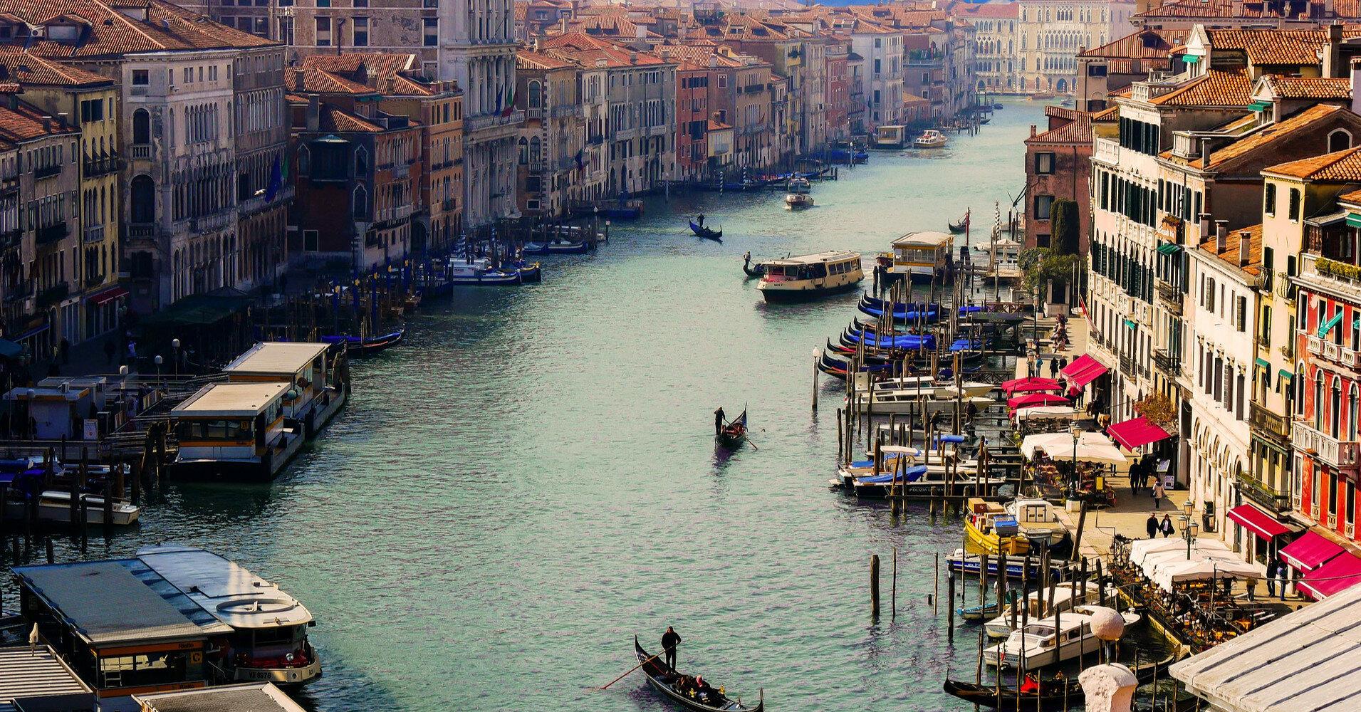 Италия запретила заход круизных лайнеров в Венецию