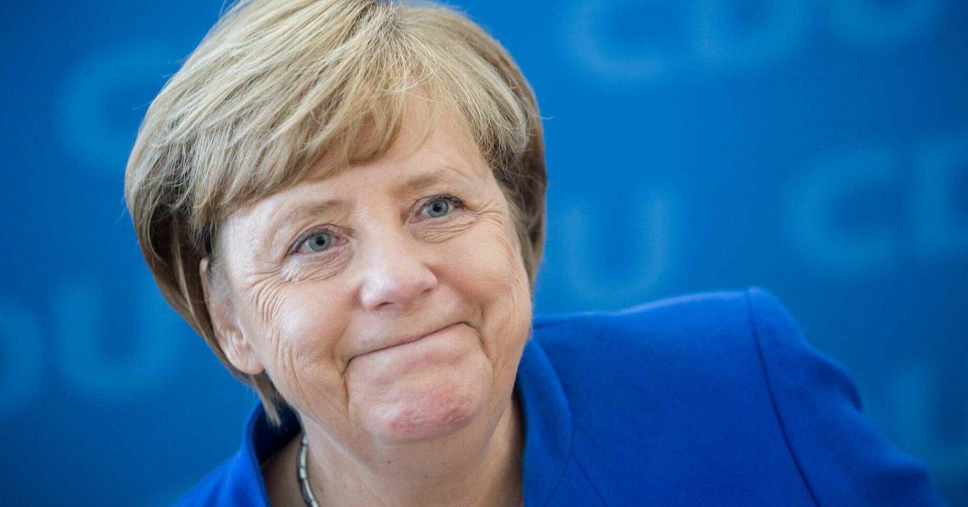 """Меркель заявила об остающихся разногласиях по """"Северному потоку-2"""""""