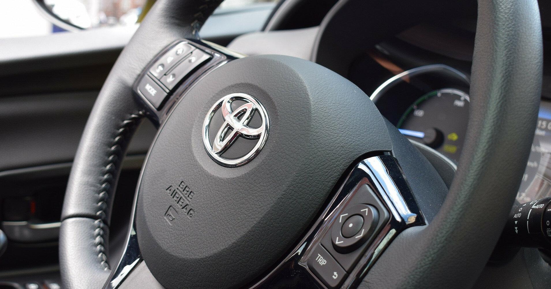 Продажи новых автомобилей в Украине продолжают расти