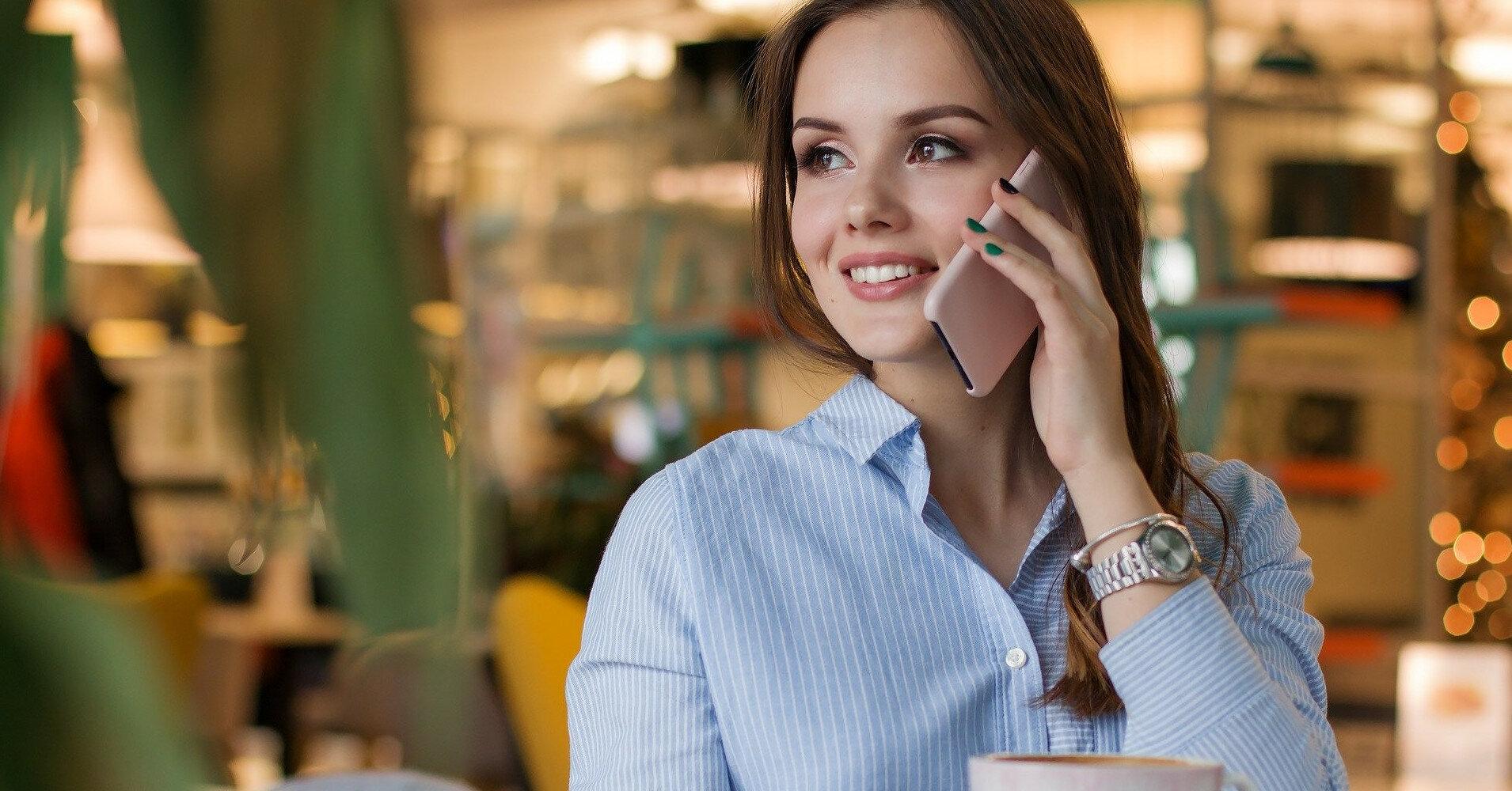 Эксперт назвал признаки прослушки телефона