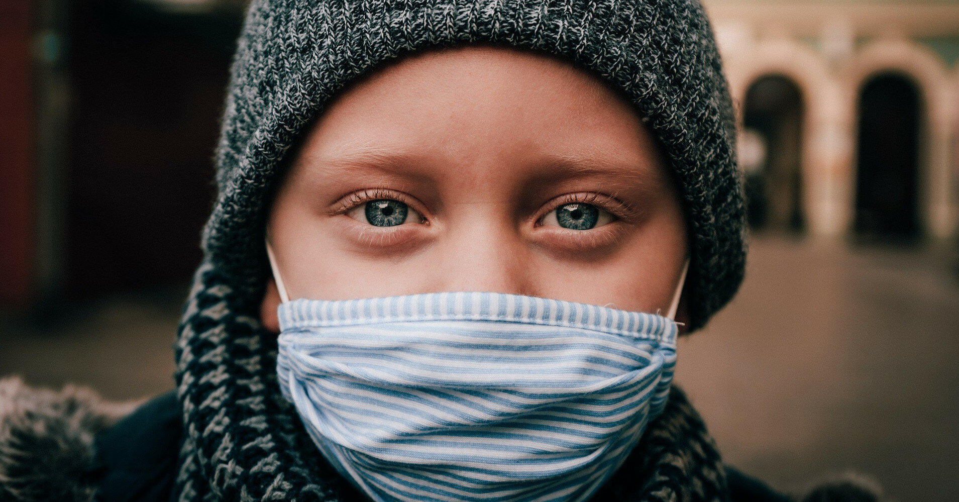 Главный санврач рассказал, когда украинцы смогут снять маски