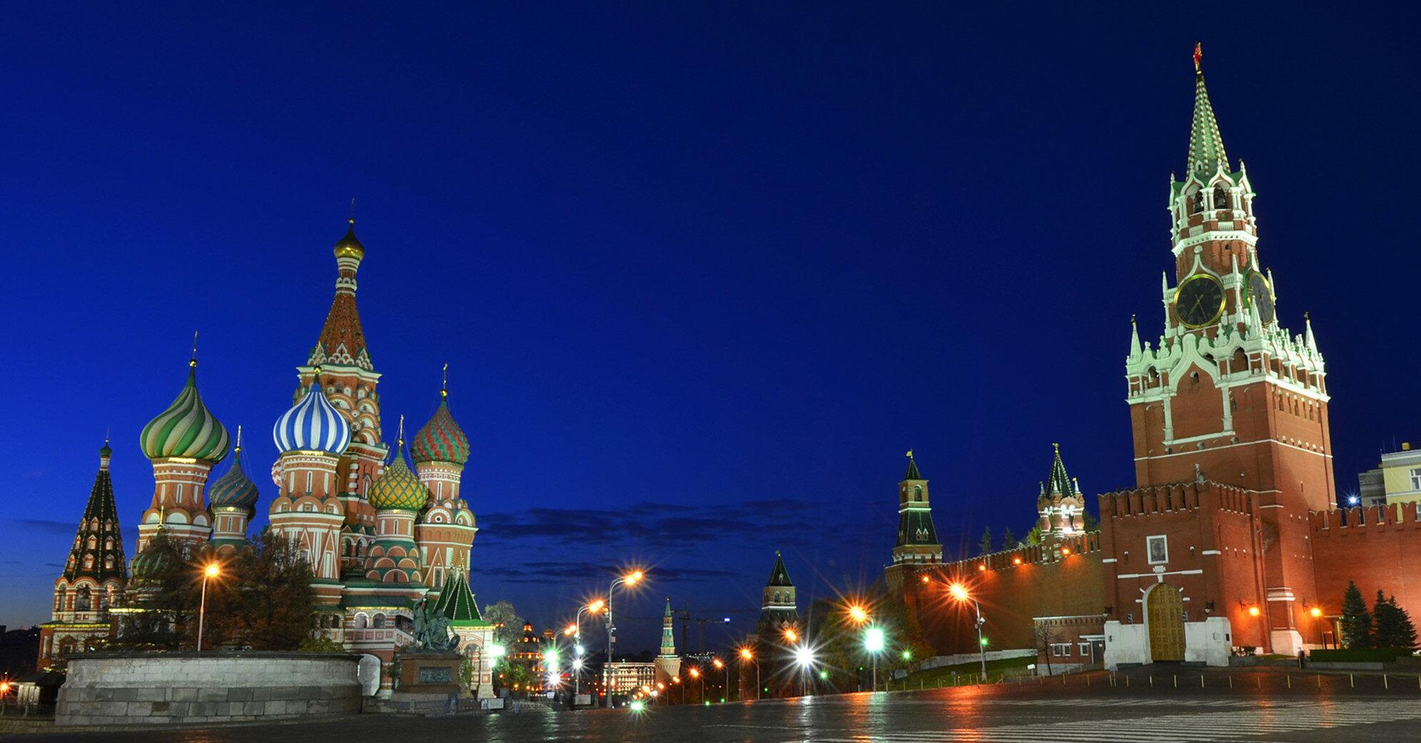 В Кремле прокомментировали слова Зеленского об украинском флаге над Госдумой