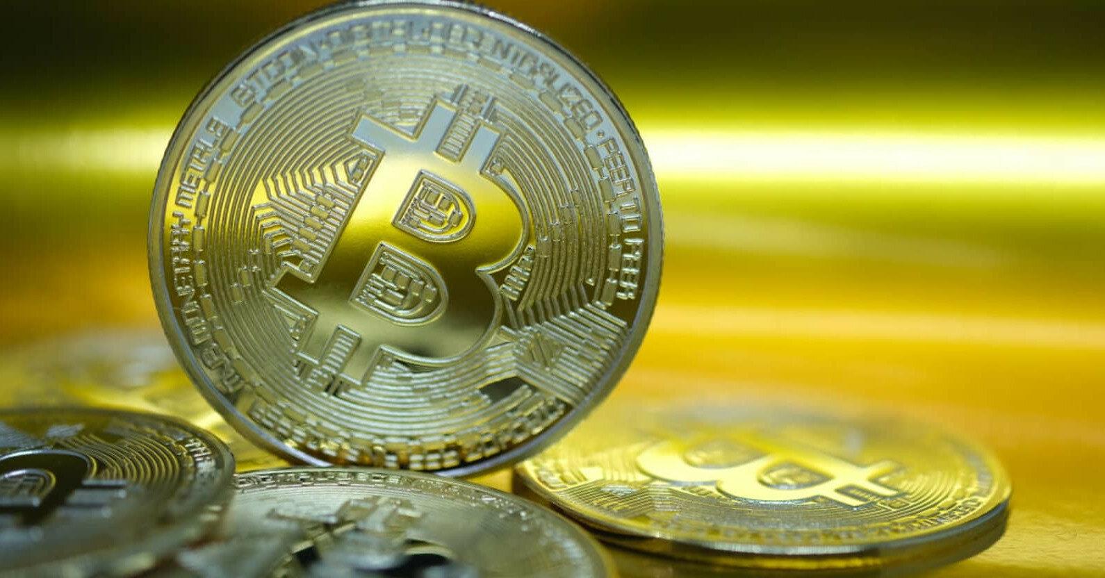Китайцы снова подкосили биткоин: что происходит с курсом