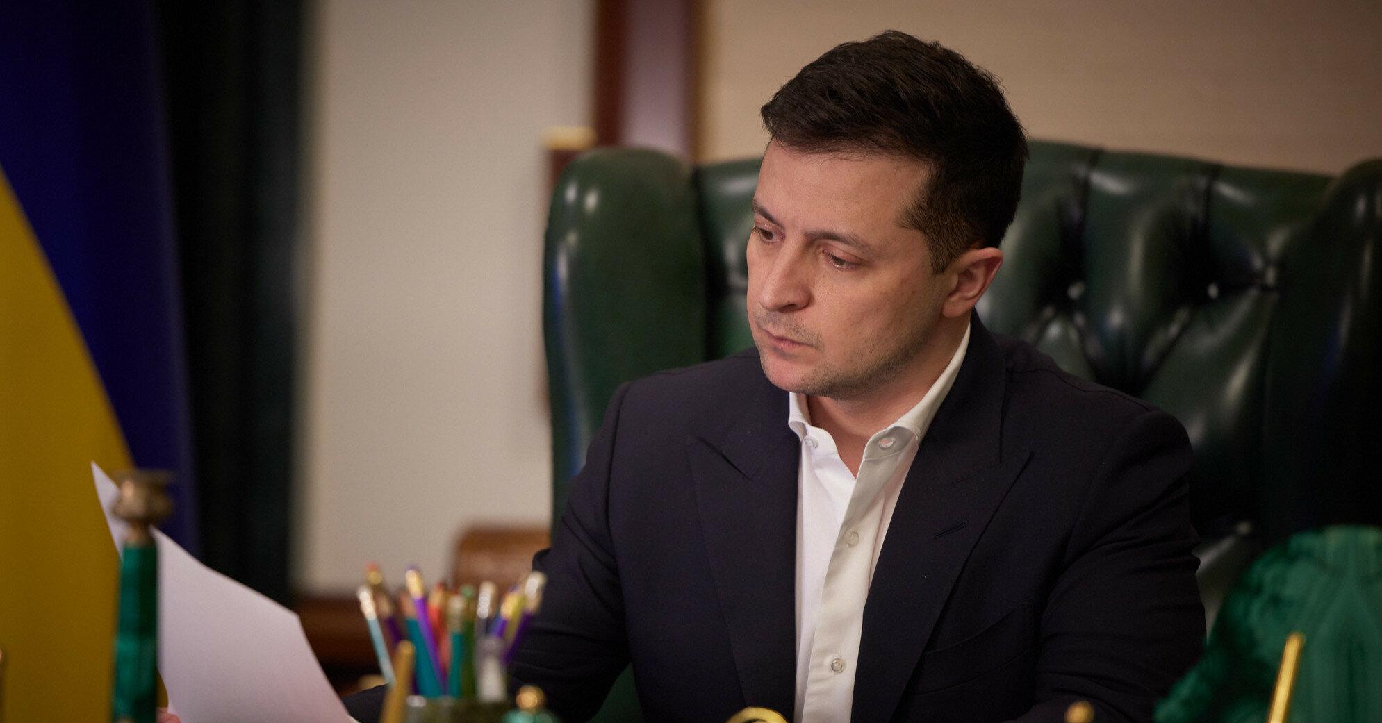 Зеленский утвердил новые положения о советнике президента