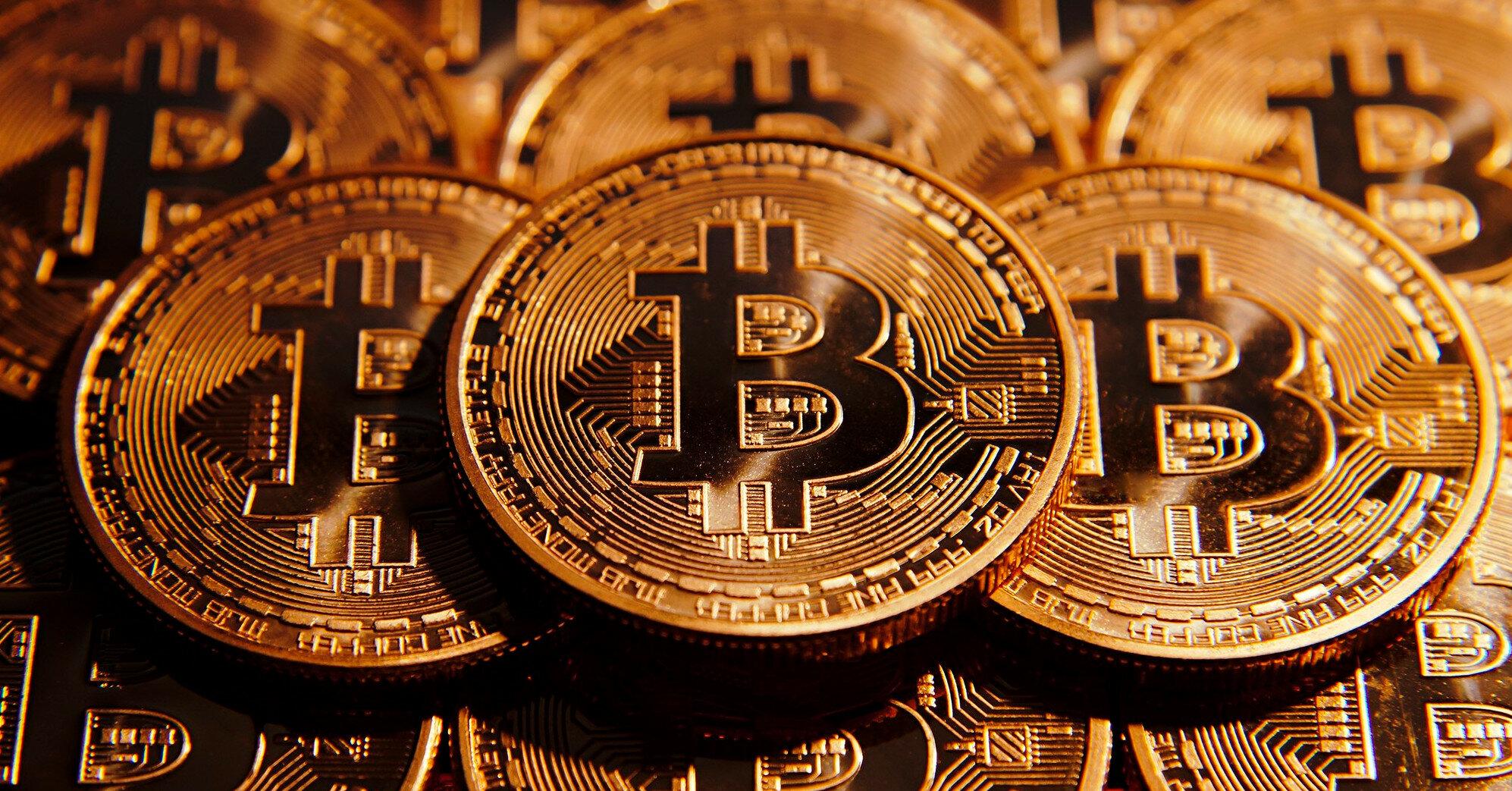 Тонкий рынок: биткоин рискует обвалиться до $10 тыс.