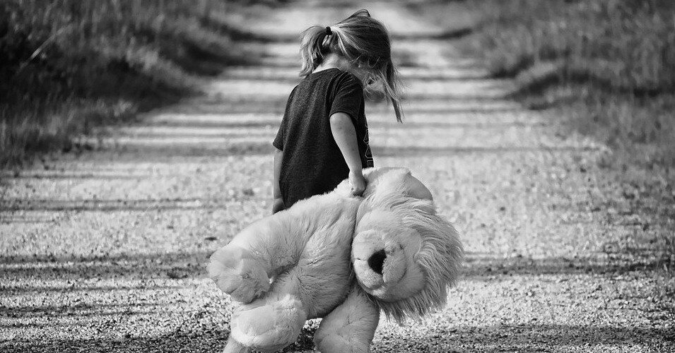 В мире 1,5 млн детей потеряли родителей из-за COVID
