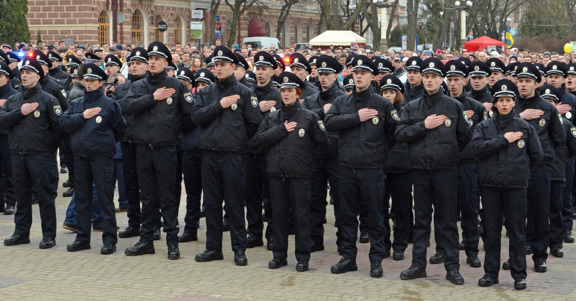 Военным и полицейским повысили пенсии