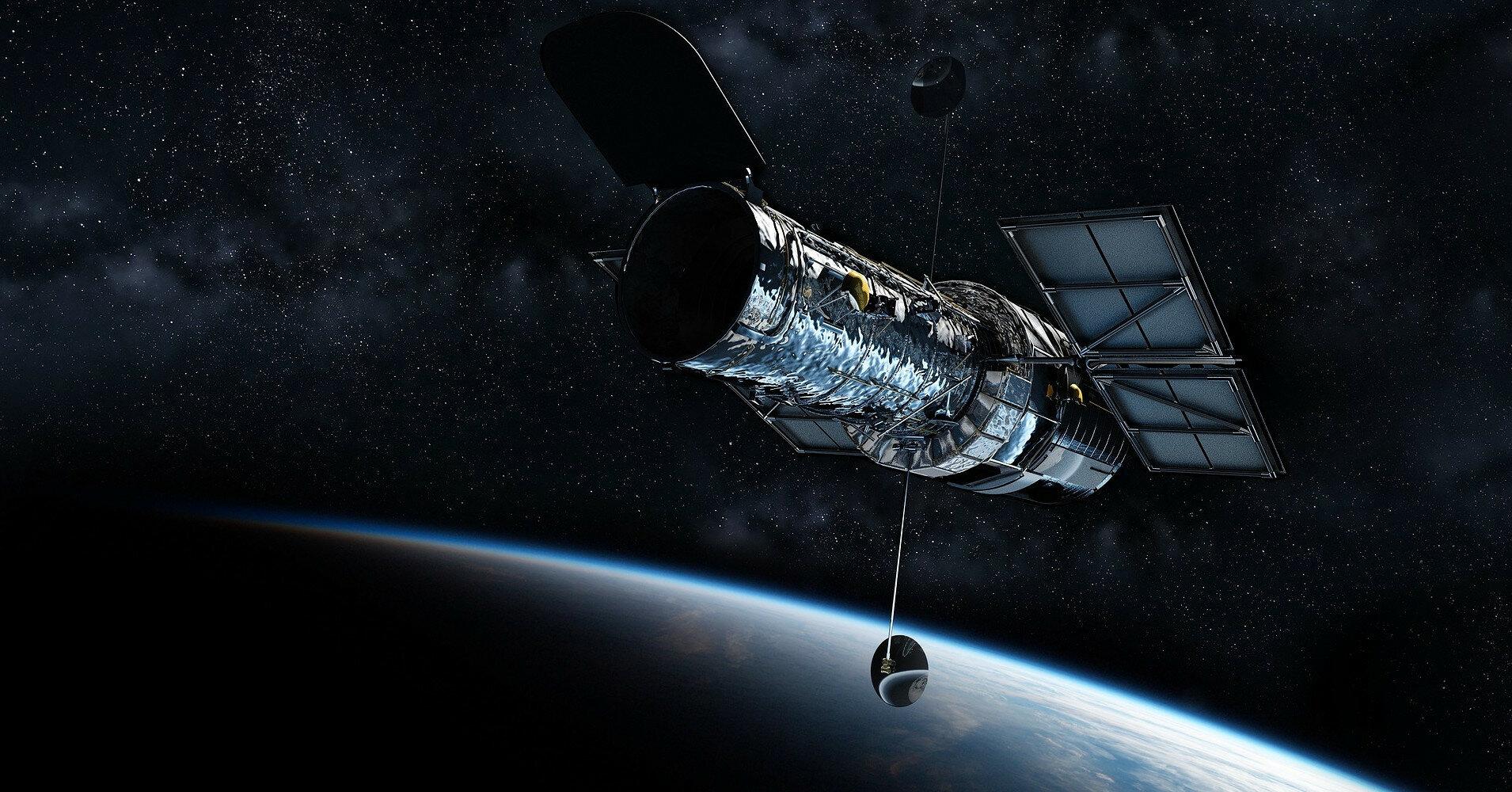 Hubble после ремонта показал новые кадры галактик