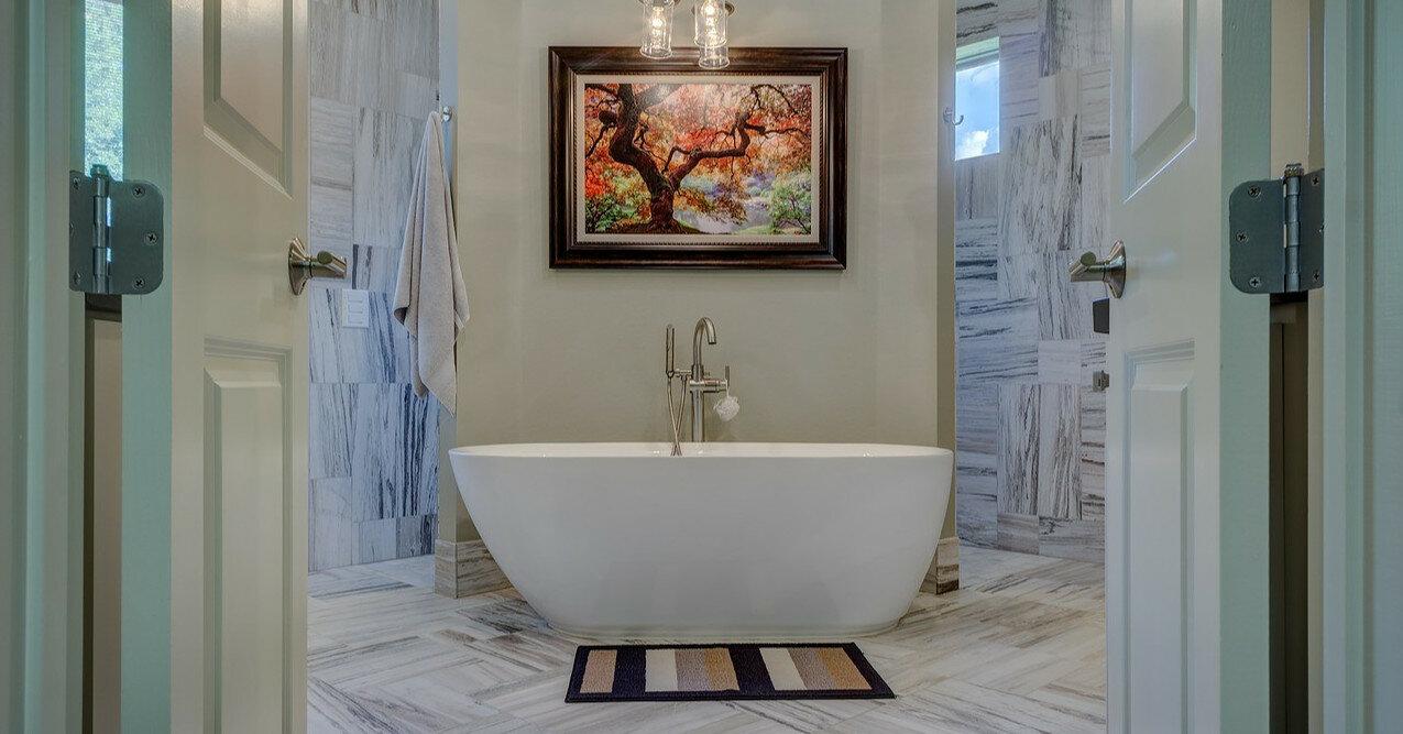Практичность и комфорт: как выбрать коврик для ванной комнаты