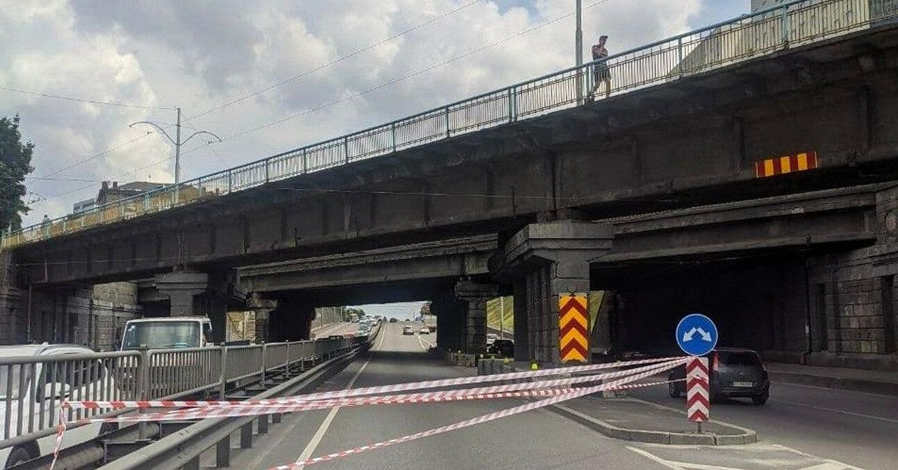 Названо причину обвалу шляхопроводу в Києві