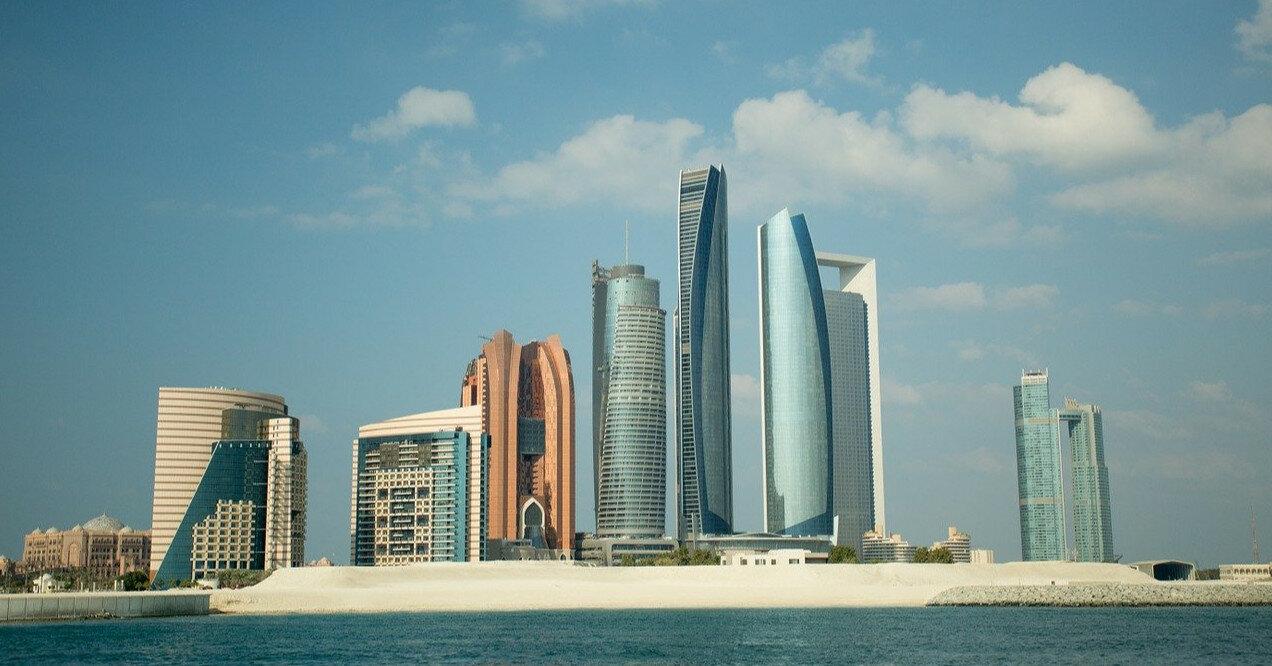 Власти Абу-Даби с понедельника ужесточают антиковидные меры