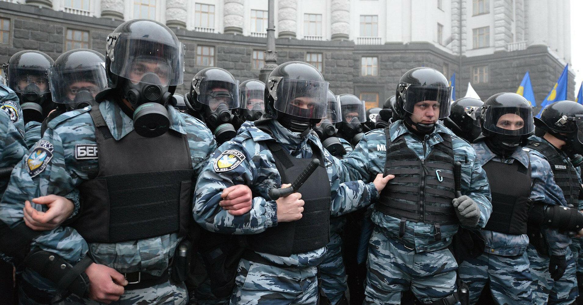 Беркутовца, обвиняемого в расстрелах на Майдане, восстановили в должности