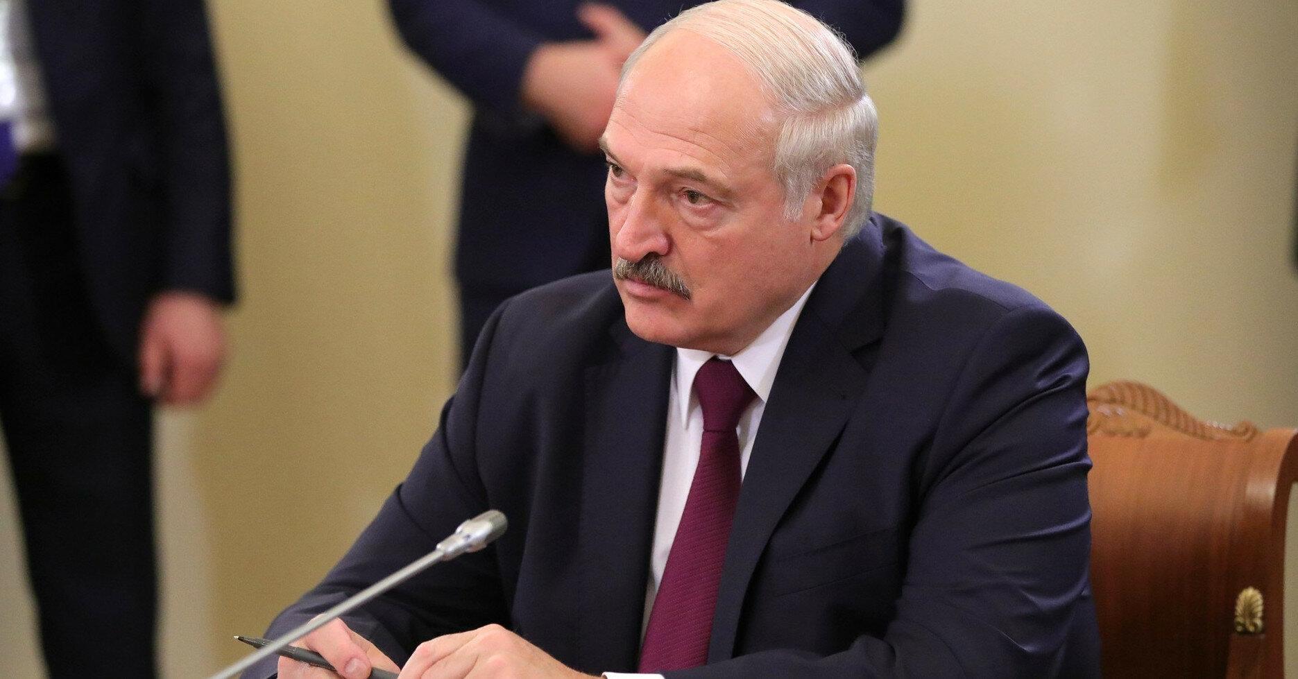 """Лукашенко заявил о якобы начале """"террористической атаки"""" Запада"""