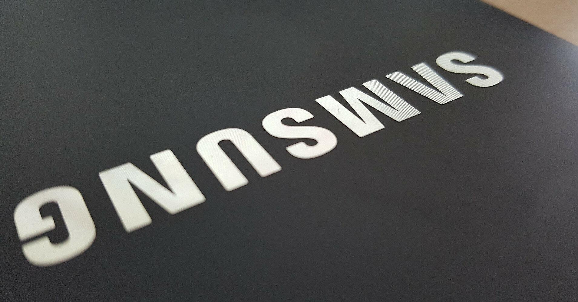 Популярный смартфон Samsung могут снять с продажи