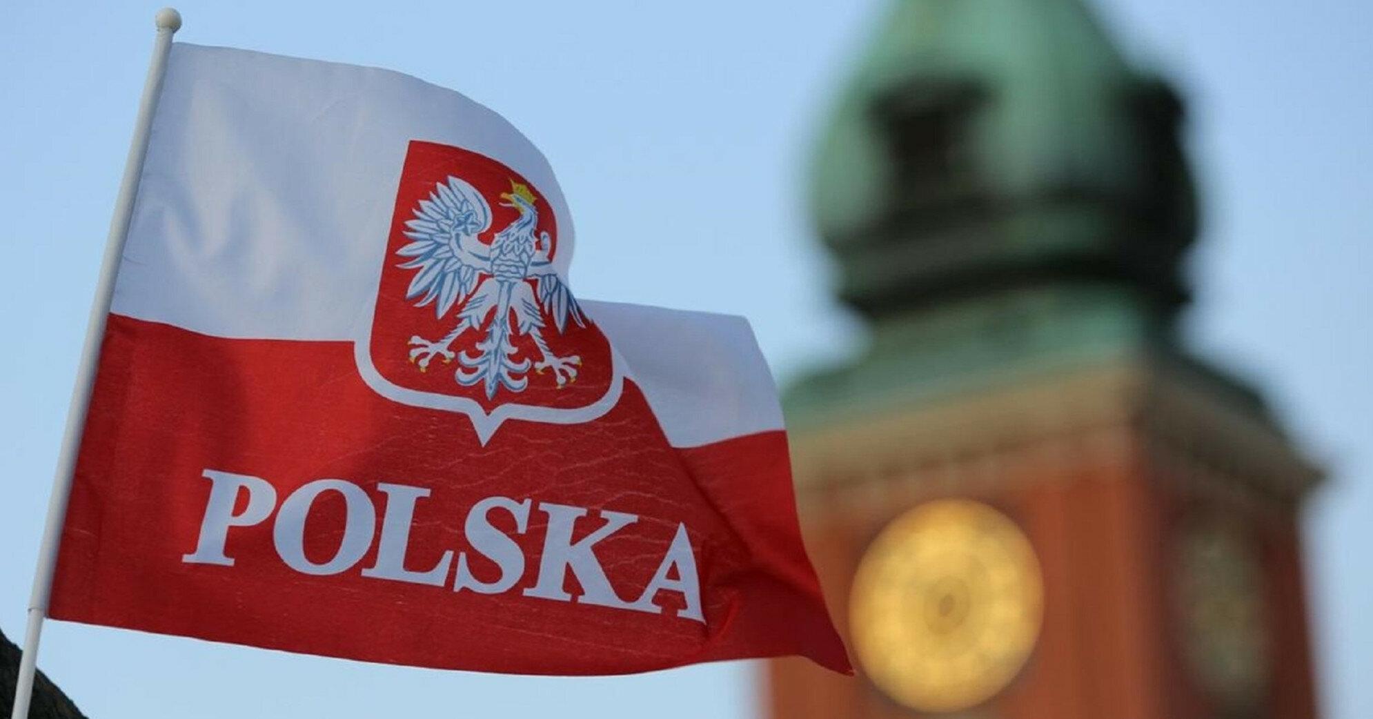 Польша на границе с Беларусью строит лагеря для беженцев