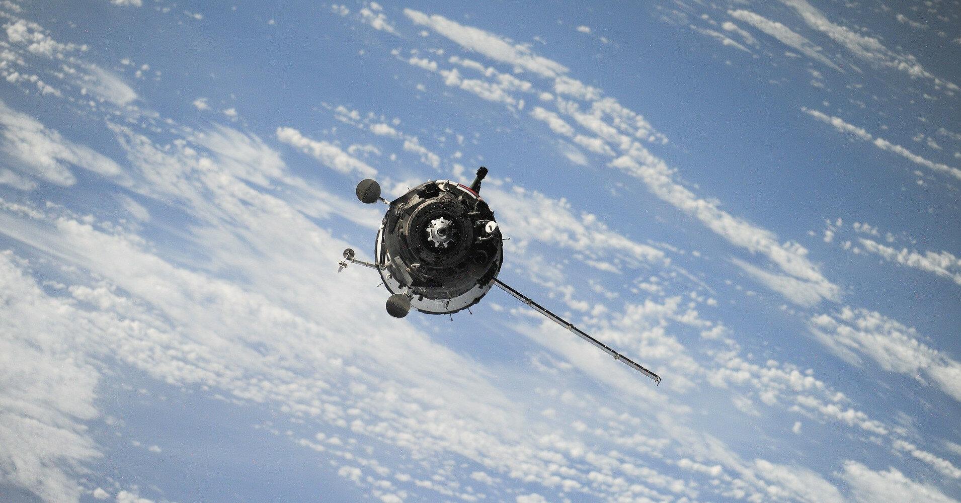 Индия потеряла двухтонный спутник: что произошло