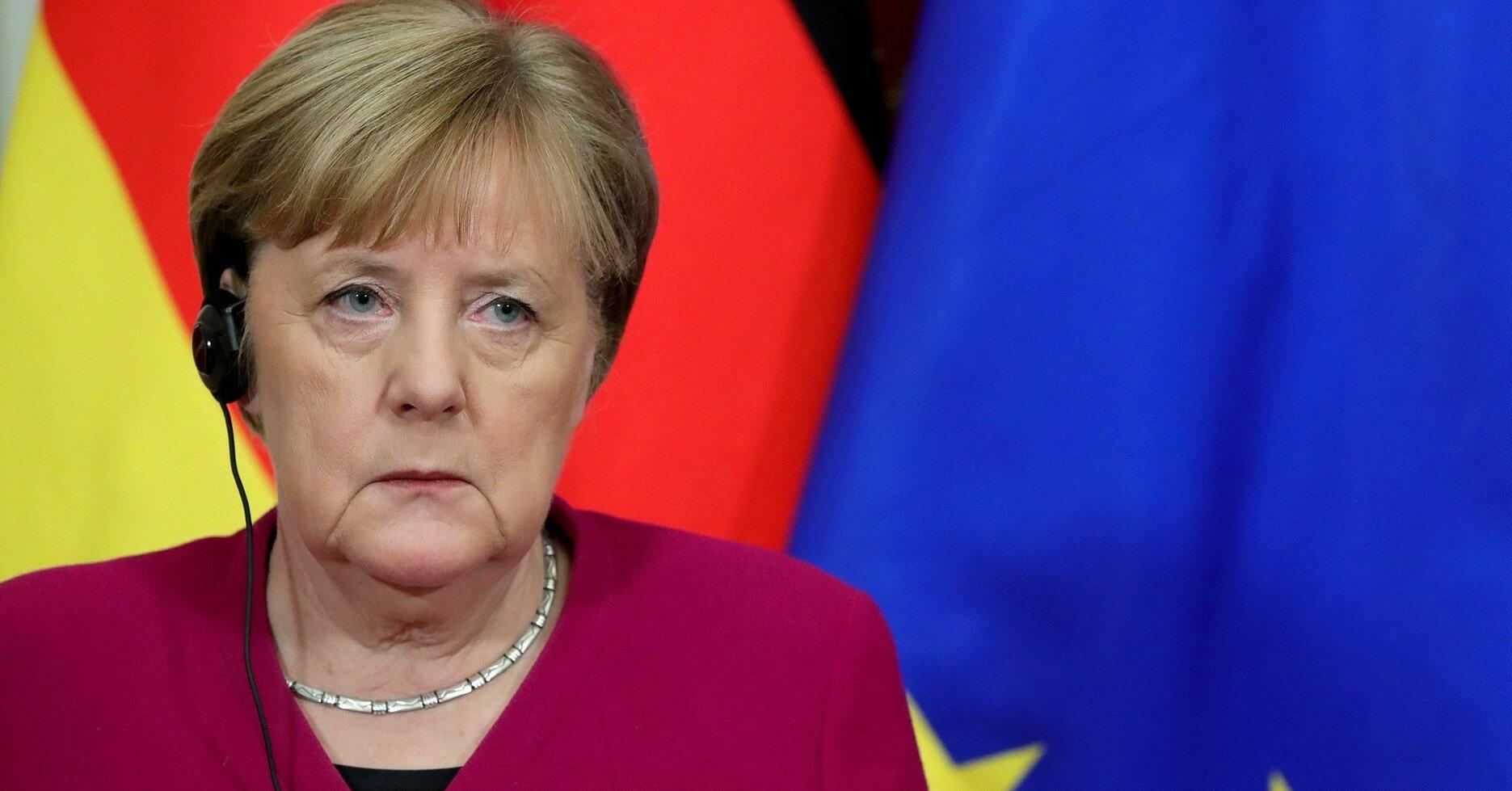 """Тревожного сигнала нет: в """"СН"""" прокомментировали визит Меркель в РФ"""