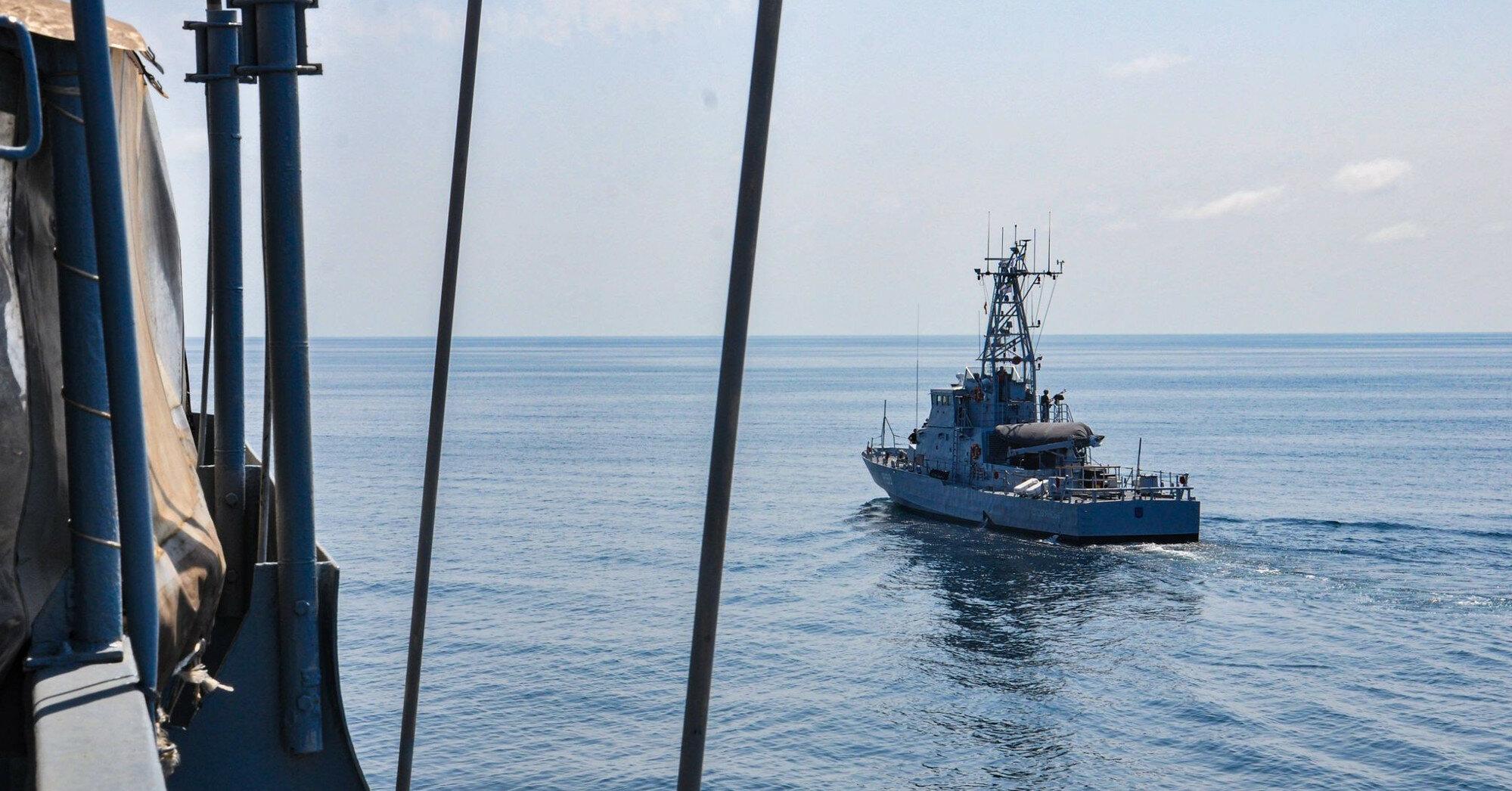 Украина обратилась к России из-за действий в Черном море