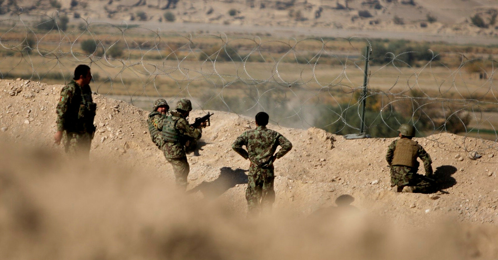 """Талибан"" взял в осаду силы сопротивления"