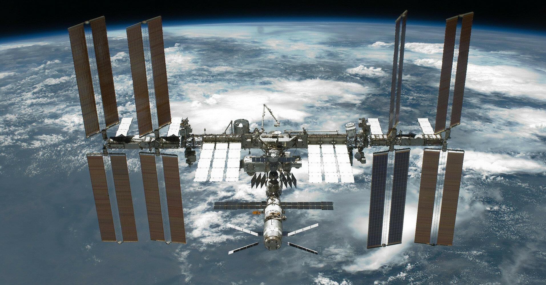 Еще в одном российском модуле МКС появились трещины