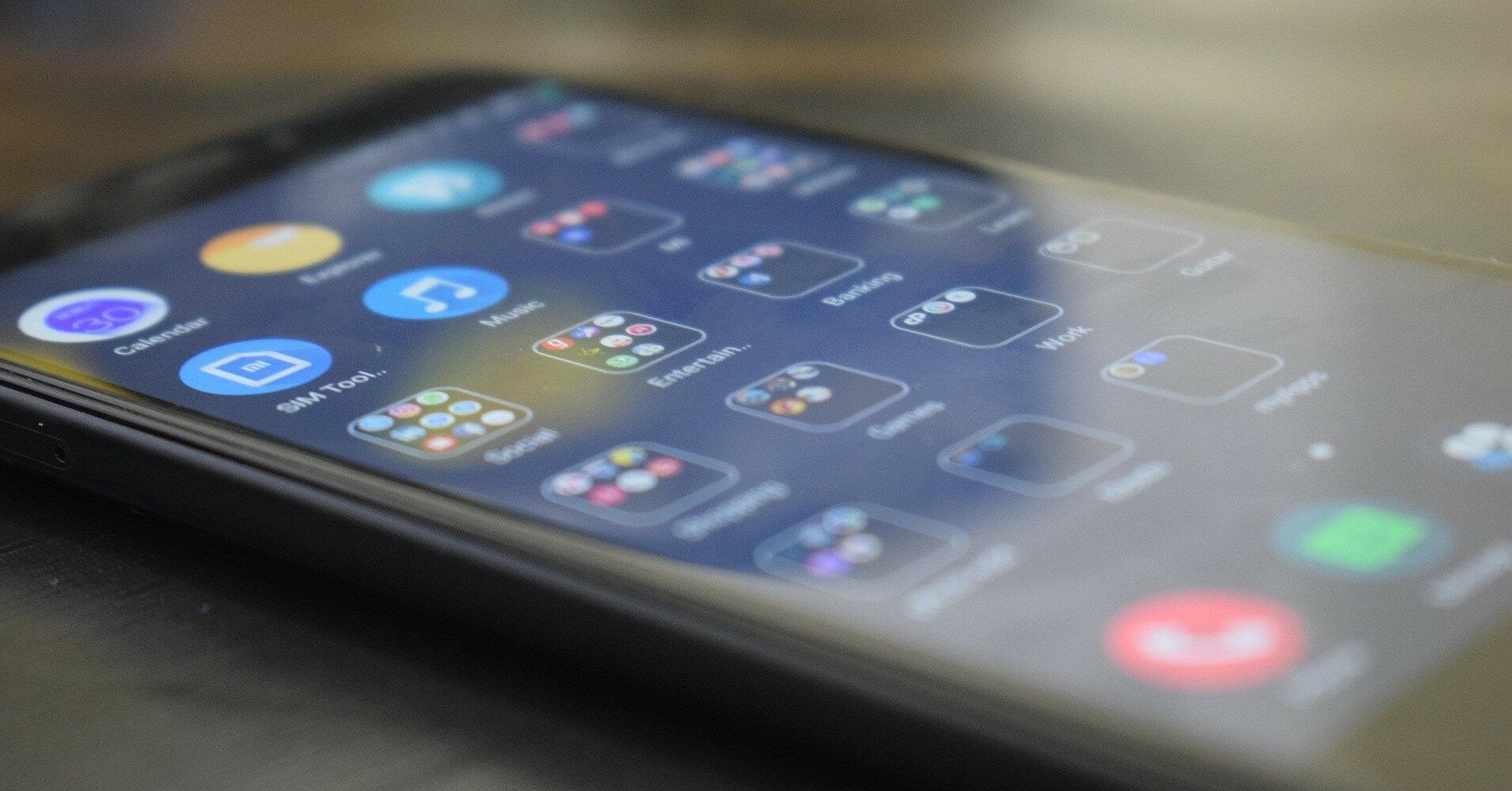 Ночной режим для смартфонов назвали бесполезным