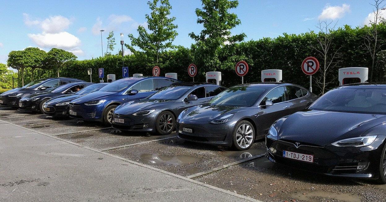 Мировые продажи электромобилей выросли в 2,5 раза