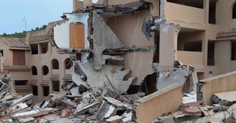 В Испании обвалился жилой дом, под завалами - люди