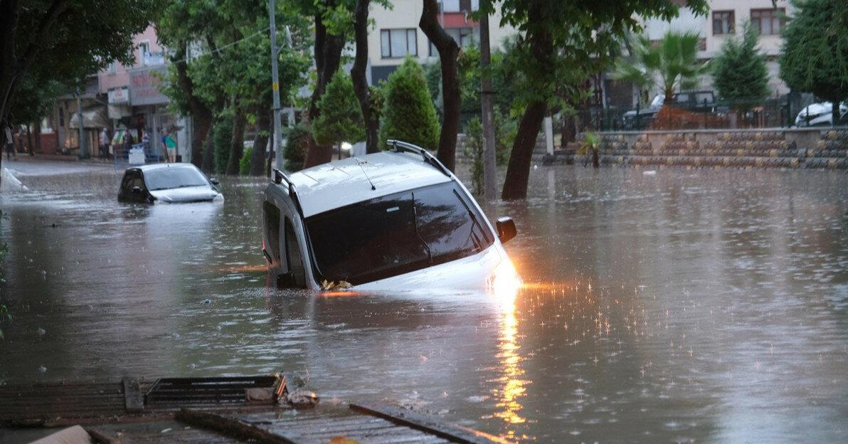 Наводнения на севере Турции: число жертв возросло