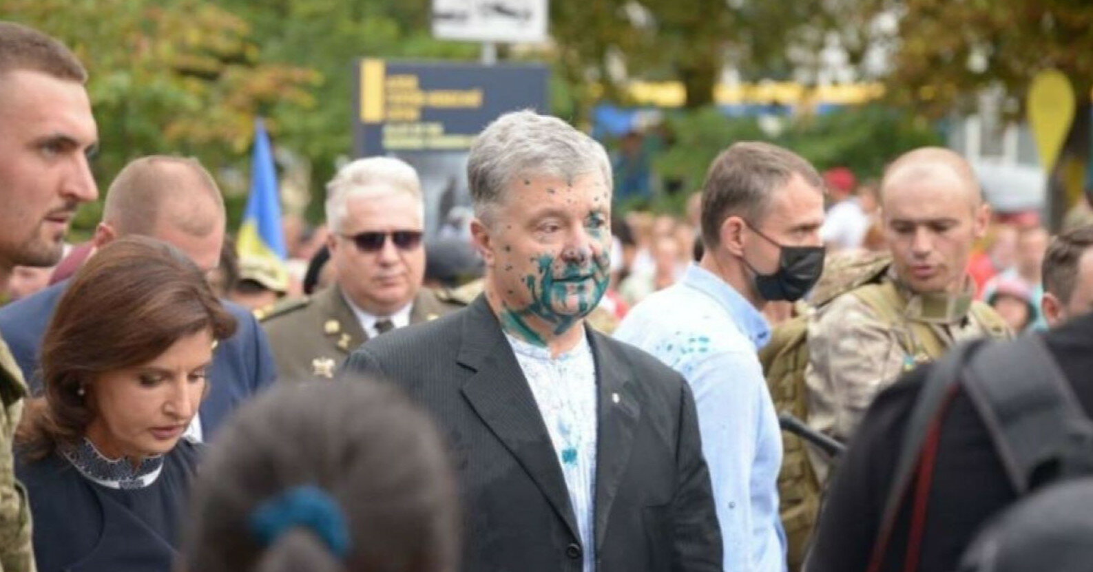 В Посольстве США в Украине прокомментировали нападение на Порошенко