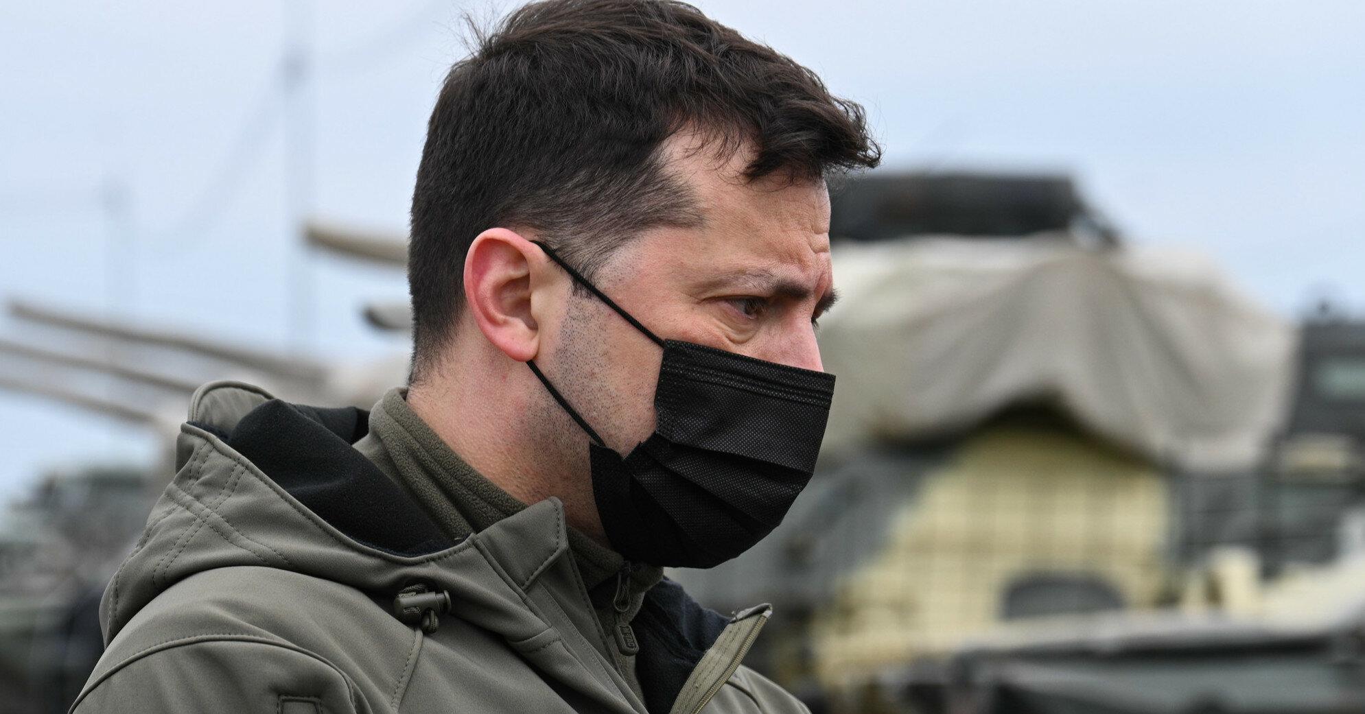 Зеленский посмертно присвоил звание Героя погибшим в 2014-м