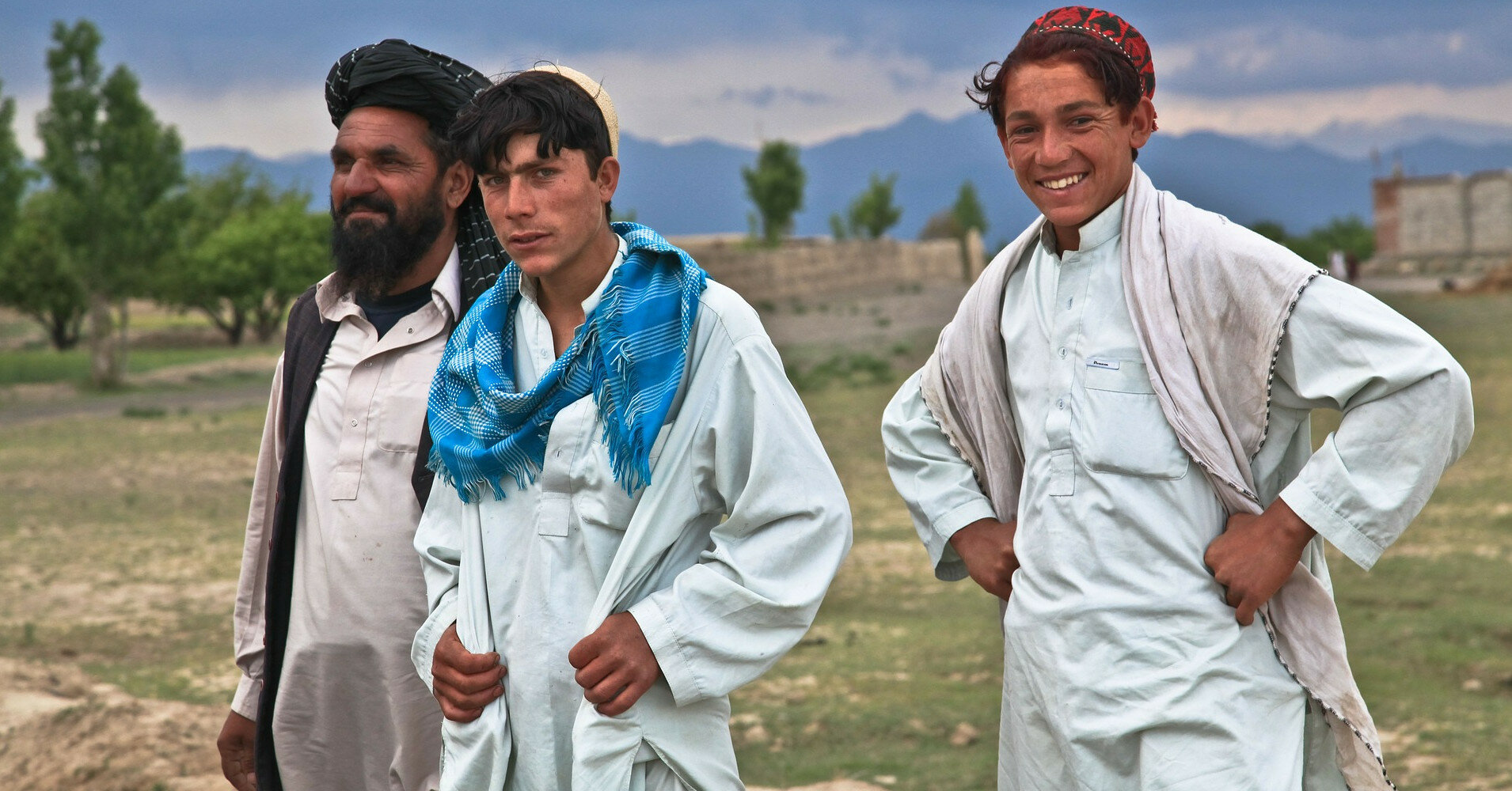 Более 230 афганцев желают эвакуироваться в Украину