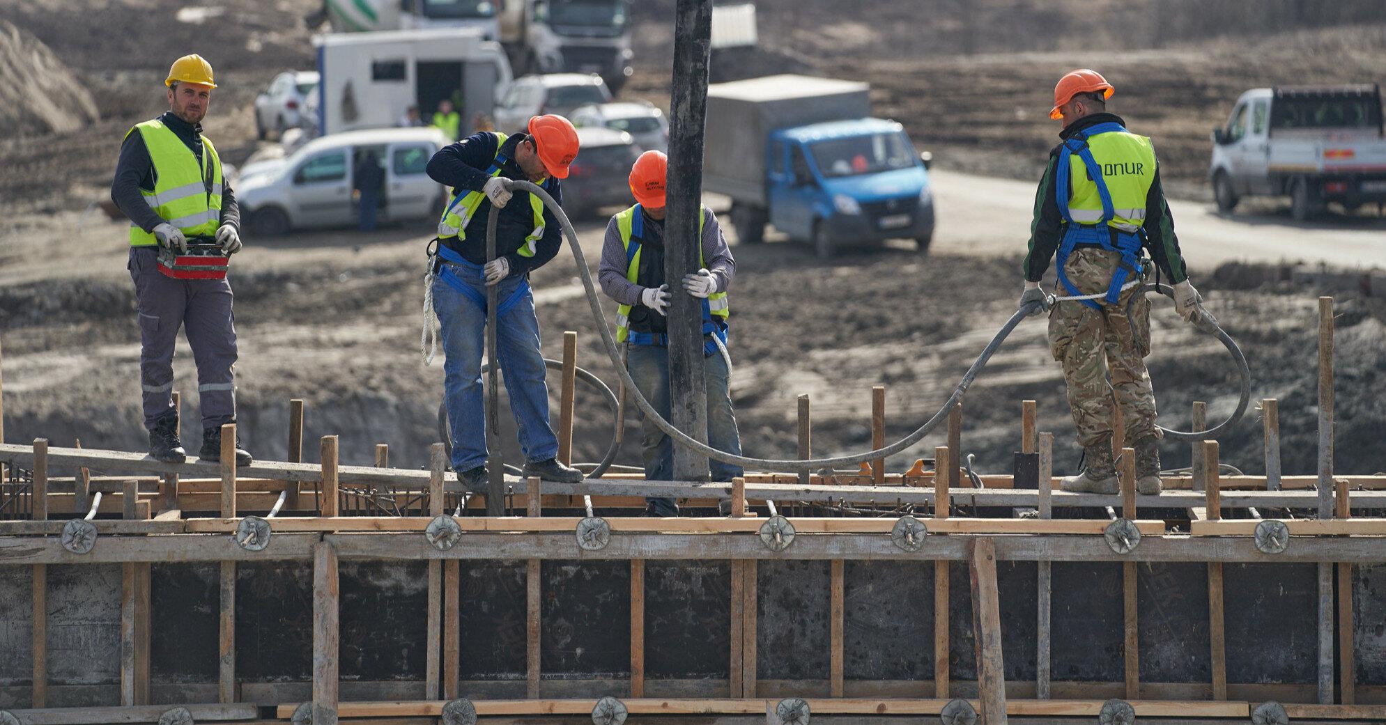 Польша или Чехия: где зарплаты трудовых мигрантов выше
