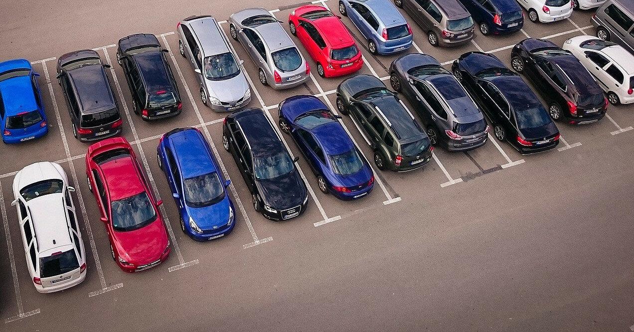 """Парковки Киева """"вывели из тени"""": автомобилистов ждут перемены"""