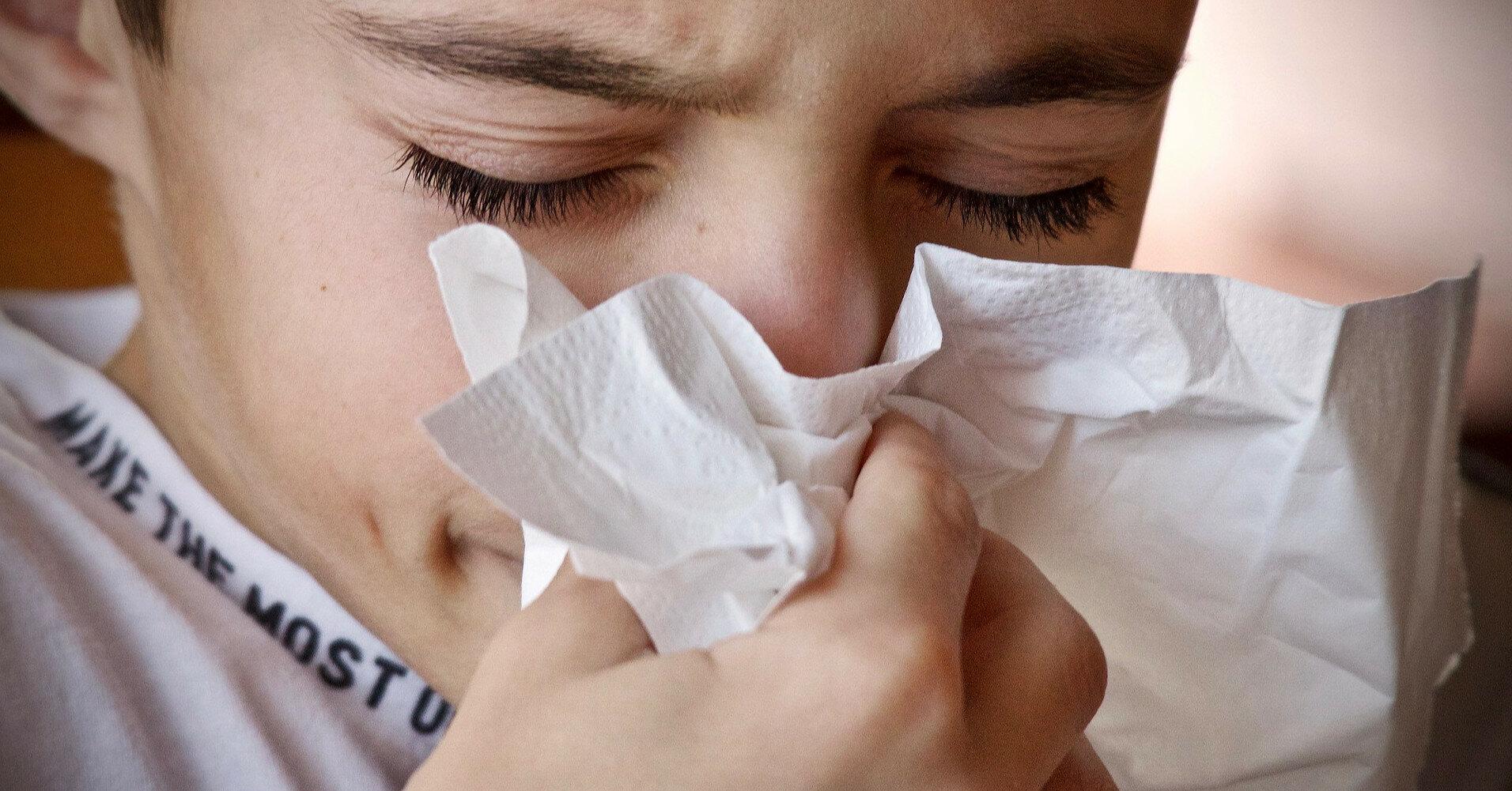 Офтальмолог розповіла, як вберегти очі при застуді